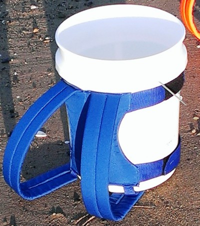 5-gallon-bucket-backpack2